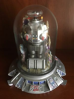 Franklin Mint Lost In Space Robot B9 Electronic Lights and Voice ( Rare)