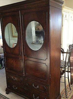 18th C.1770 George III Thomas Chippendale mahogany Linen Press/ Chest of Drawers