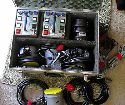 DYNALITE TOTALIGHT Location Strobe lighting kit - Complete - Good Condition