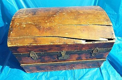 Vintage Antique Chest Trunk Primitive Wooden - As Is, Needs Repair
