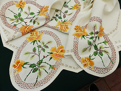 "Vintage Linen Cream Tablecloth~Hand Embroidered Stunning Golden Roses 39"" Square"