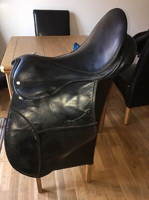 17 Inch English Leather GFS GP Saddle Wide Width