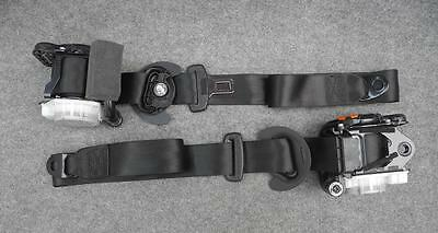 Audi A1 8X pair of FRONT seatbelts  L+R with pre-tensioners seat belts seatbelt