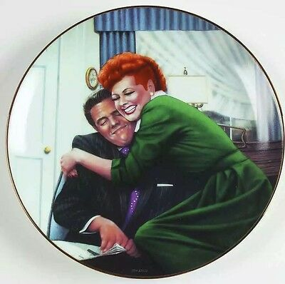 """I Love Lucy Collector Plate """"THE BIG SQUEEZE"""" Cert Of Authenticity Included"""