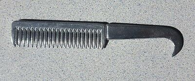 TRADITIONAL HOOF PICK METAL PULLING MANE COMB for horses ponys manes tails