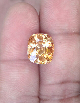 Cream Yellow Zircon 10.00 Carats / Excellent Cut  / Top Luster / Unheated stone