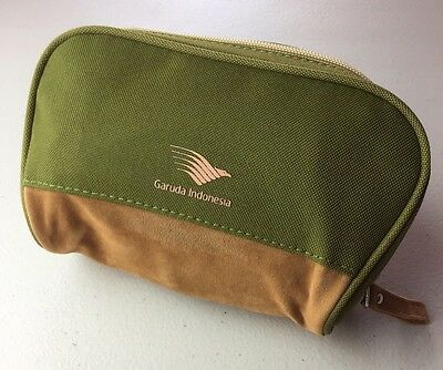 Garuda Indonesia L'Occitane Business Class Amenity Bag/kit New Sealed Lip Balm