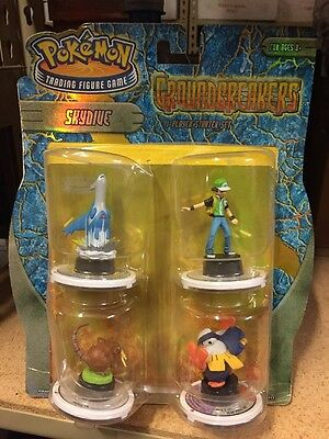 Pokemon Trading Figure Game Ground breakers Skydive Starter Set Spin Em All