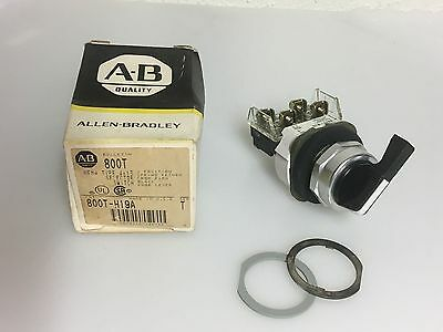 Allen-Bradley 800T-H19A Selector Switch 2-Pos Spring Ret From Right Knob Lever