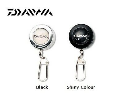 Daiwa Retractable Buckle Pin on Reel 45R Black