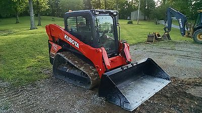 2013 Kubota SVL75 Track Skid Steer  1000 Hour service just completed. New Tracks