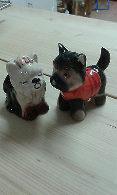 Vintage dog salt and pepper with magnetic kissing noses