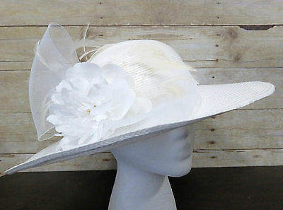 Vintage Ladies White Woven Spring Summer Church Hat w/ Feathers, Flowers & Bows