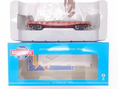 HO Pennsylvania 40' Flat Car w/ Stakes #425994 - Roundhouse #RND14670 vmf121