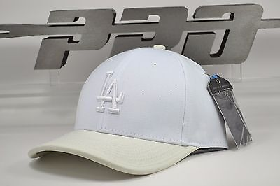 detailed look e46c1 4261f Los Angeles Dodgers WOW WhiteOnWhite Curved Brim Strapback Pro Standard MLB  Hat