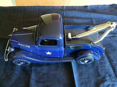 Vintage Jim Beam Police Tow Truck Decanter With Original Box