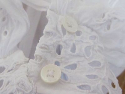 Beautiful White Hand Embroidered Broderie Anglaise Engageantes Cuffs / Sleeves