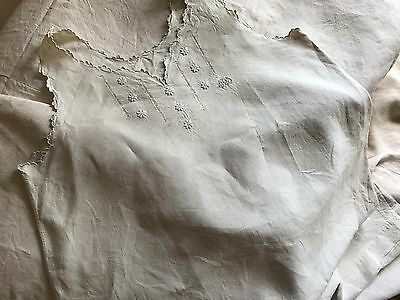 "Antique French Linen Nightdress - White Embroidery & ""ps"" Monogram - Unused"