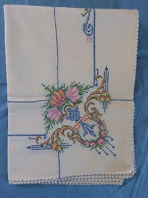 Antique VTG Cross Stitch Embroidery Tablecloth Nice Needlework Floral Beautiful