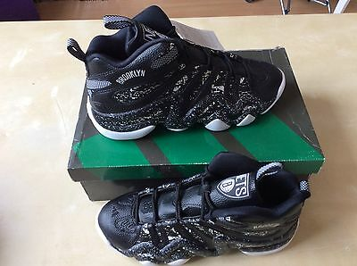 ADIDAS SHOES CRAZY 8 BROOKLYN brand New US 9 1/2 UK 9 EUR 43 1/3