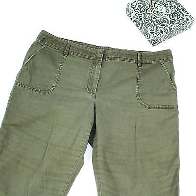 Womens Cropped Capri Shorts Pants Size 16 XXL Cactus Green Casual Athliesure 2XL