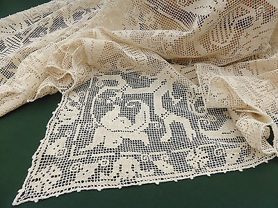 "Antique Tablecloth ~ Italian Figural Knotted Filet ~ Natural Linen 60"" / 152cm"