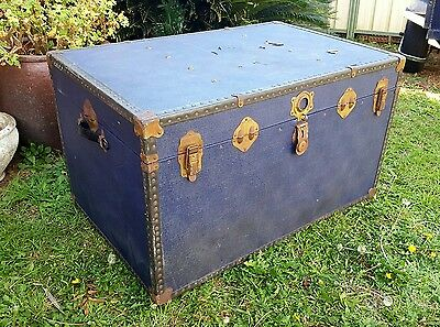 vintage wooden trunk, chest, coffee table.