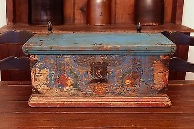 Early Antique Folk Art Small Hand Painted Wedding Trunk Blanket Chest Dovetailed