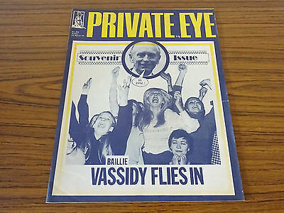 Private Eye Magazine: No.294: 23rd March 1973: Souvenir Issue: Vassidy Flies In