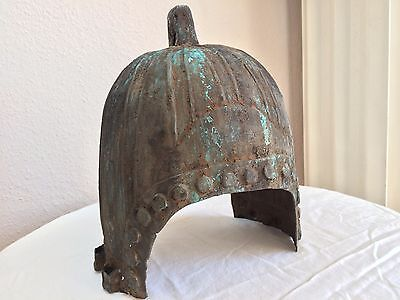 CHINA BRONZE ZHOU DYNASTY HELM 800-500 v. Chr. ANTIK MILITÄR ASIA