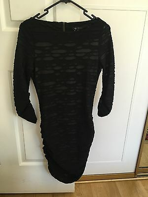 Cue in the city womens dress in size 6