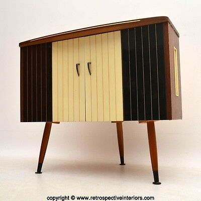 RETRO TV / RECORD PLAYER CABINET VINTAGE 1950's