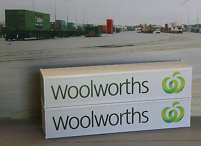 Two Woolworths 40ft containers in HO scale - most recent logo - new
