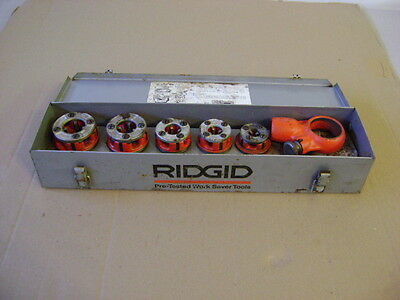 Rigid 00-R Ratchet Pipe Threader   and 5 DIES