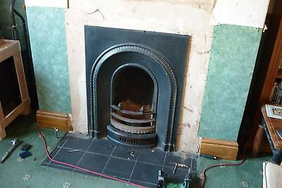 Victorian or Edwardian Style Cast Iron Fireplace