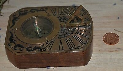 High Grade Wooden Base & Brass Antique Reproduction Engraved Compass