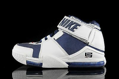 cheap for discount 2223c 89ede 2004 Nike Zoom LeBron 2 II White Navy Size 11.5. 309378-441 Kyrie Cavs