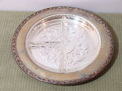 VINTAGE Wm. A  ROGERS SILVER PLATE CLEAR GLASS SECTION LINER PLATE W/IVY BORDER!