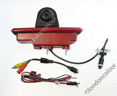 Renault Trafic Vivaro LED Brake Light Rear View Reversing Colour Camera PAL
