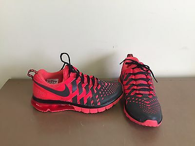 Mens Nike Fingertrap Max Running Shoes. Size 10.5