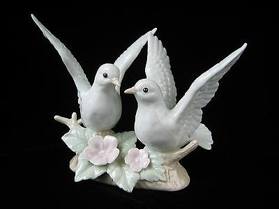 Vintage White Doves Pair on Branch Porcelain Figurine / RR Roman made in Japan