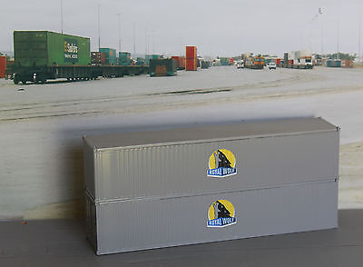 Two Royal Wolf NEW LOGO grey ribbed 40ft containers in HO scale - new