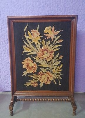 ANTIQUE VINTAGE ENGLISH FIREPLACE FIRE SCREEN PANEL  w/ NEEDLEWORK FRONT
