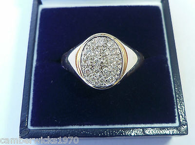 Gents 9ct Gold 0.25ct Diamond Set Signet Ring, Size X
