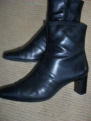 Exc. Sandler Black Leather Ankle Boots , Size 6B .