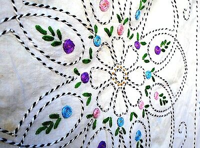 Vintage 1930's Flower Floral hand Embroidered Quilt Top 30's flower ngarden