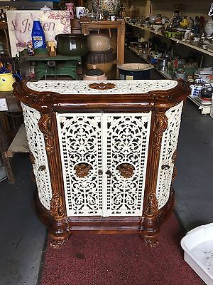 Antique 18Th Century Enamelled Solid Cast Iron Fireplace With Doors
