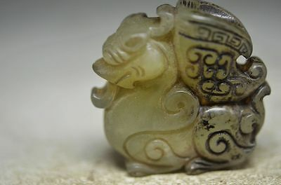 Perfect Chinese old jade skillfully carving beast statue cd7