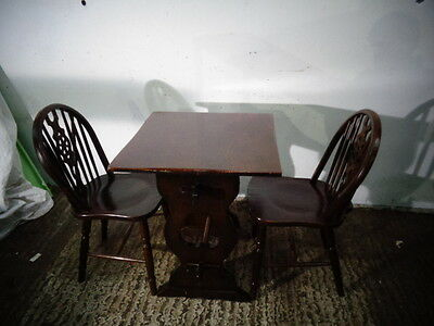 Small Cottage Dark Oak Refectory  Dining Table   With  2 Wheelback Chairs