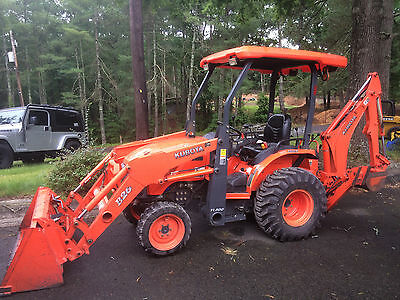 KUBOTA B26  > TRACTOR / LOADER / BACKHOE > Low Hrs > 308 Hrs !!!!